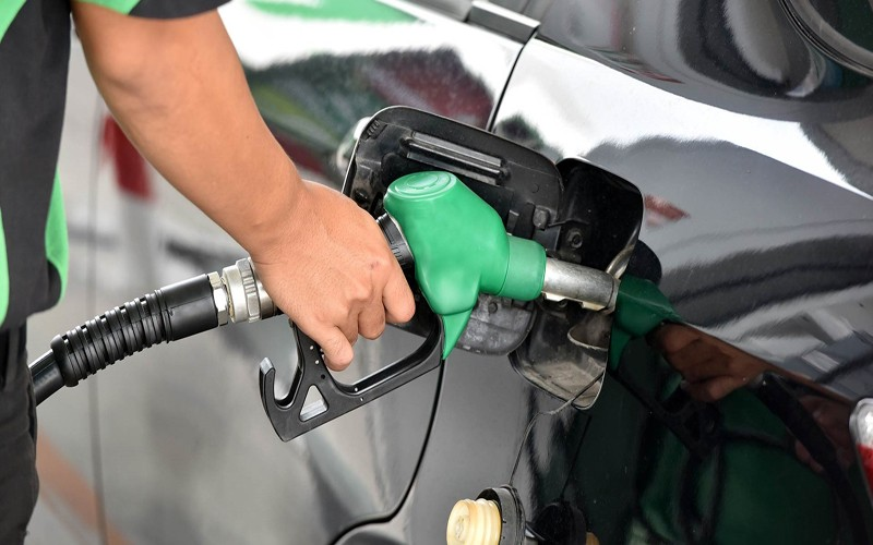 Lockdown não segura o preço da Gasolina que fica 11,36% mais cara em alguns bairros
