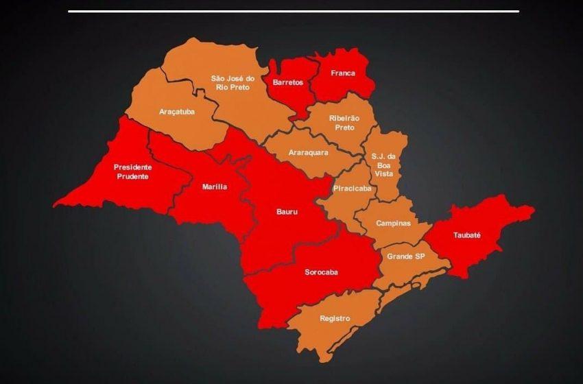 Sete regiões voltam para fase vermelha e as demais vão para laranja, com novas restrições que incluem os finais de semana e feriados
