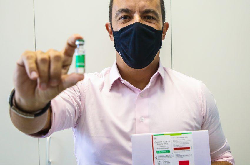 Osasco recebe vacinas de Oxford contra a covid-19