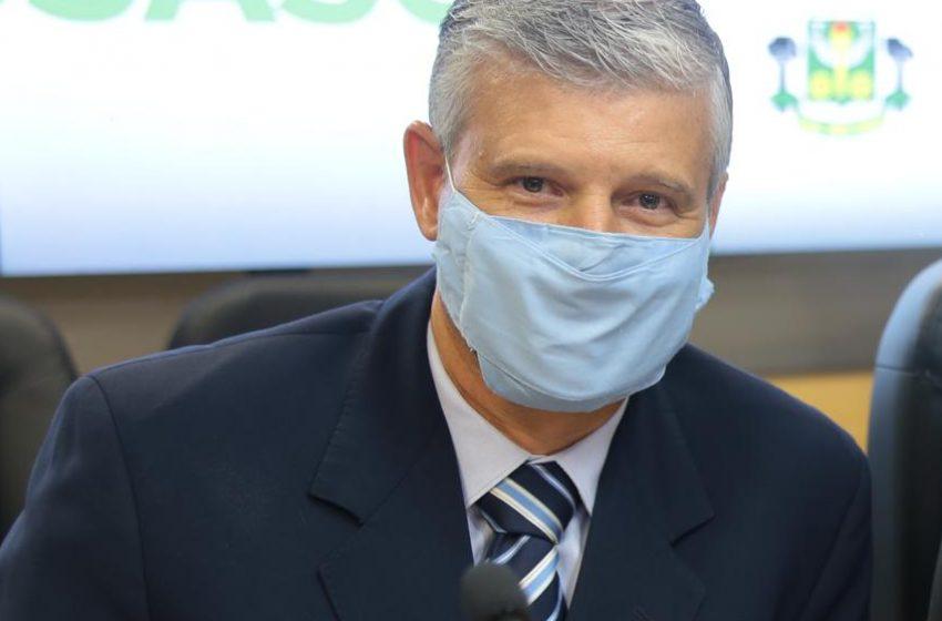 Delbio Teruel quer atendimento prioritário na saúde as pessoas com Covid que cumprem isolamento social