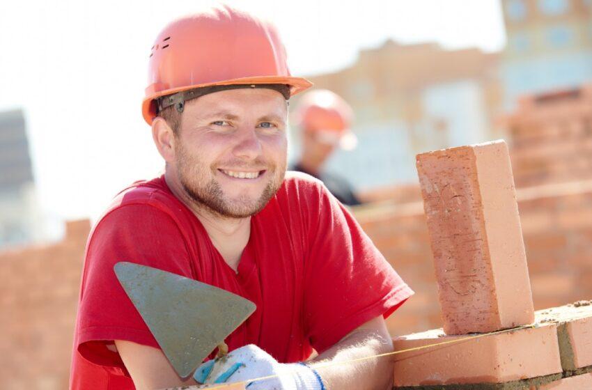 Jandira abre cursos de construção civil, eletroeletrônica e área automotiva