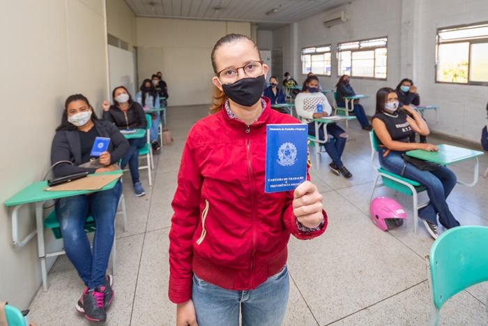Santana de Parnaíba tem mais 360 vagas de emprego