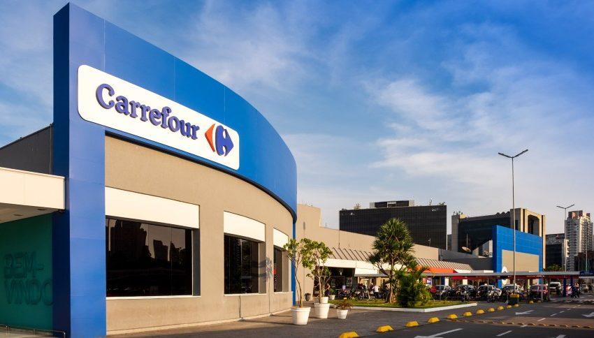 Carrefour promove contratação para pessoas com deficiências
